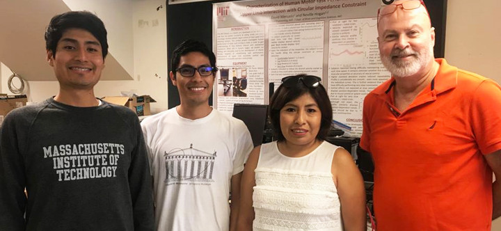 UTEC students completed an internship at MIT